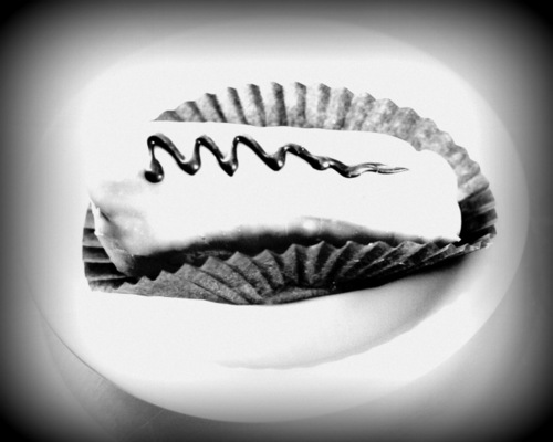 eclair squiggle photo mono