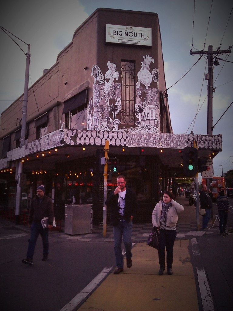 Big Mouth eatery, St Kilda. PicturesLab.